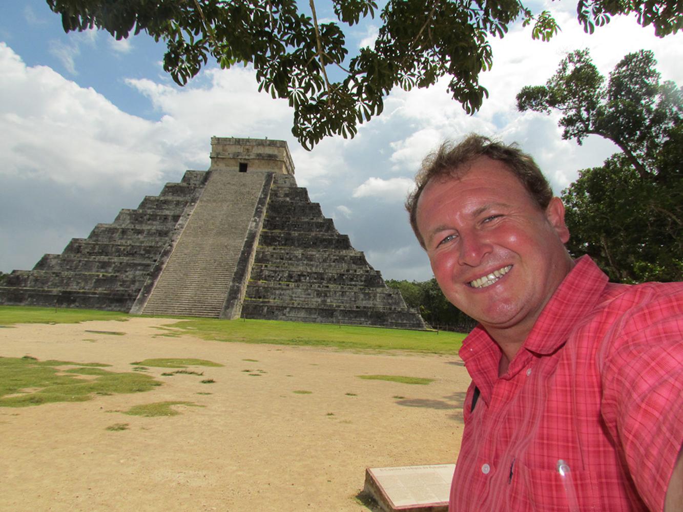 Chichen Itza, Mexico. El Castillo Kulkulan Pyramid