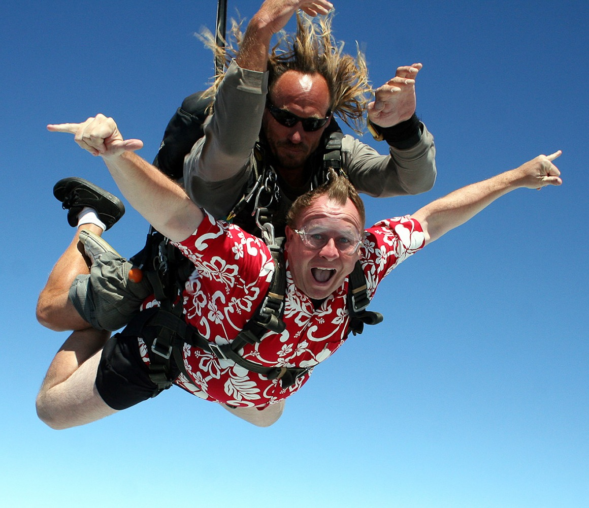 Honolulu, Hawaii, USA. My first skydive from 14,334 ft!