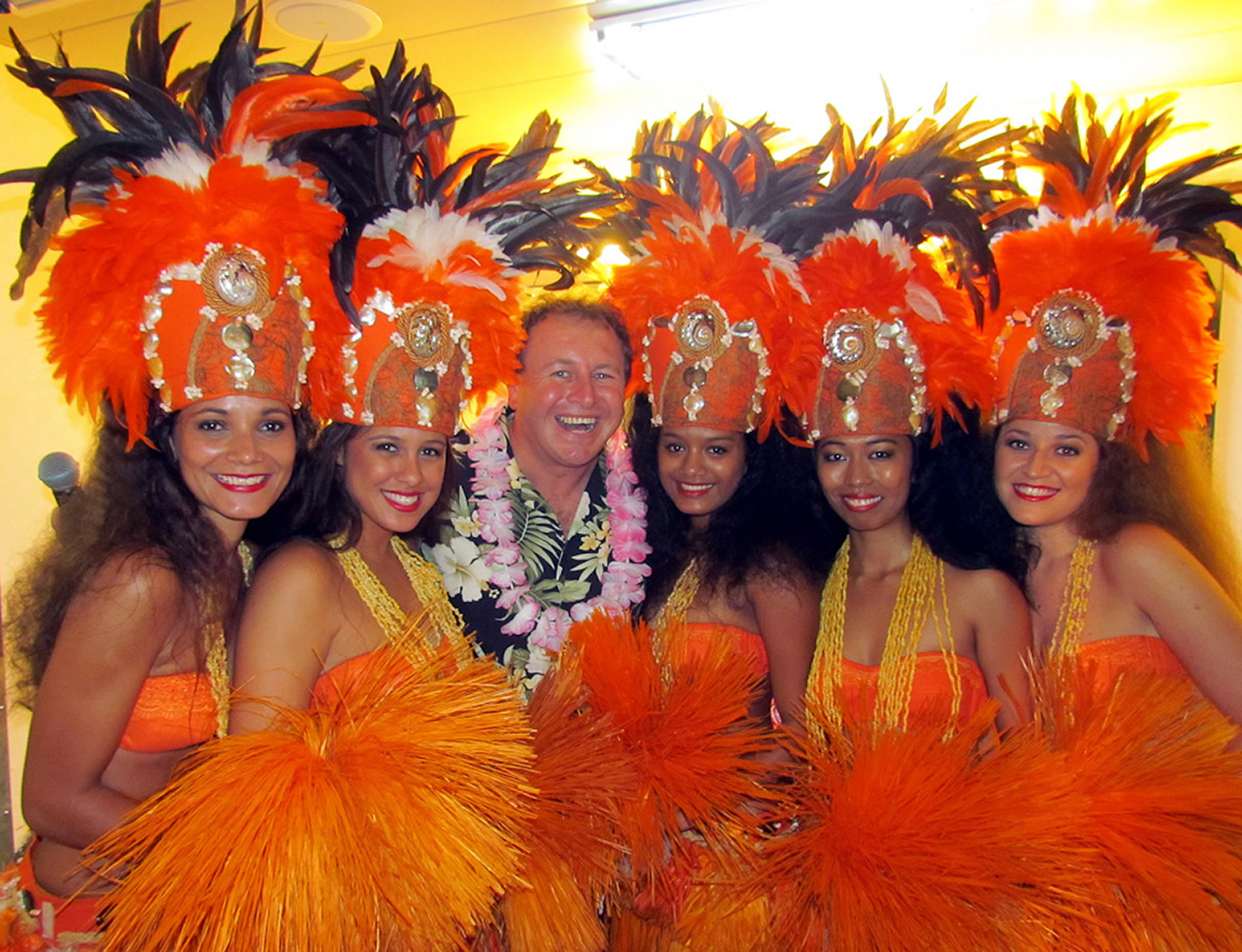 Tahiti, French Polynesia, South Pacific. In the middle of the Belles Jeunes filles! :)